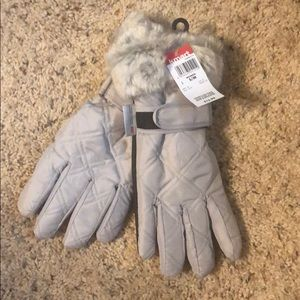 Accessories - Faux Fur lined insulated gloves